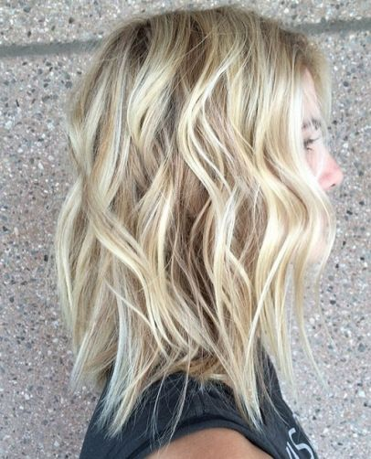 Latest Short Hairstyles 2017 Golden_Blonde_Layers_2-1