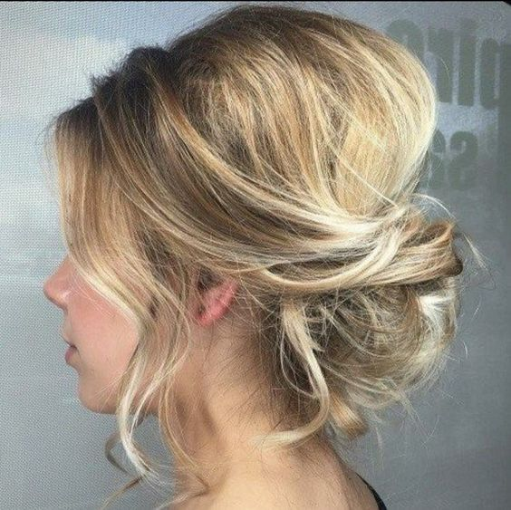 Adorable Wedding Hairstyles for Short Hair Low_Messy_3-1