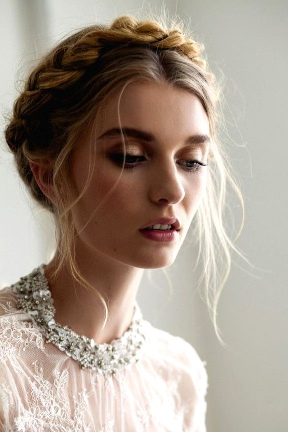 Adorable Wedding Hairstyles for Short Hair Messy_Crown_Braid_3