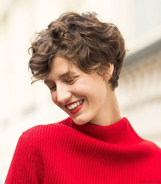 Short Haircuts for Curly Hair that You Should Check! Pixie_Cut_4-1