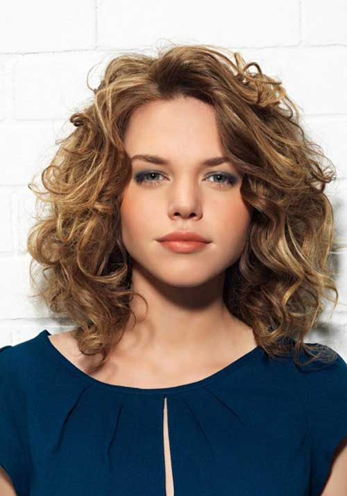 Short Hair With Layers To Increase The Beauty Of Yours curly_short_hair_layers_4