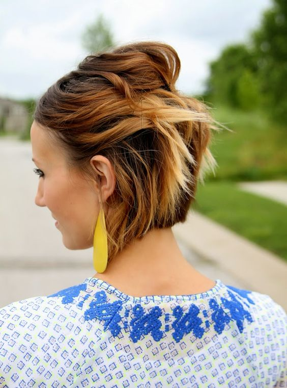 Short Haircuts for Fine Hair that You Should not Miss pulled_back_fine_hair_4