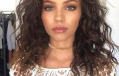 The Best Hairstyles for Your Curly hair Best_Curly_Hairstyles_Medium_1-235x150
