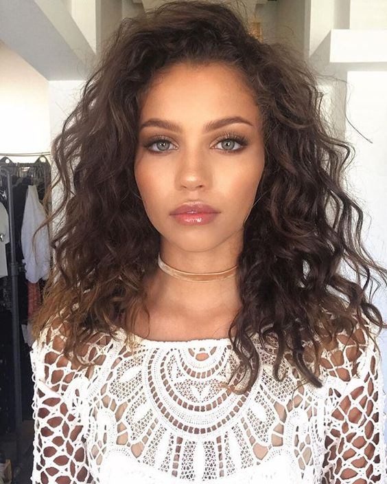 Best Curly Hairstyles Medium