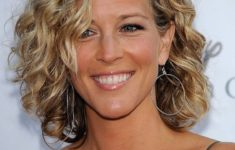 Short Hair Styles For Women - 5 Most Wanted Styles Bob_Curly_Hairstyles_Ideas_9-235x150