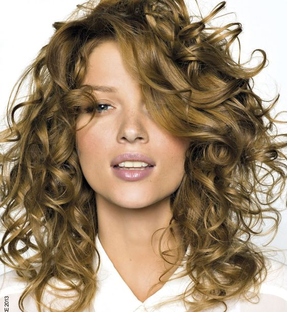 Curly Hairstyle Gallery