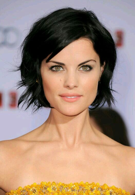 Choppy Medium Hairstyles - Pick The Style That Fits You The Best choppy_medium_hairstyles_idea_7