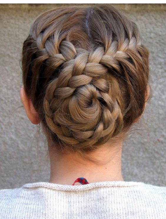 Choosing The Best Short Hairstyles For Women french_bun_hairstyles_1