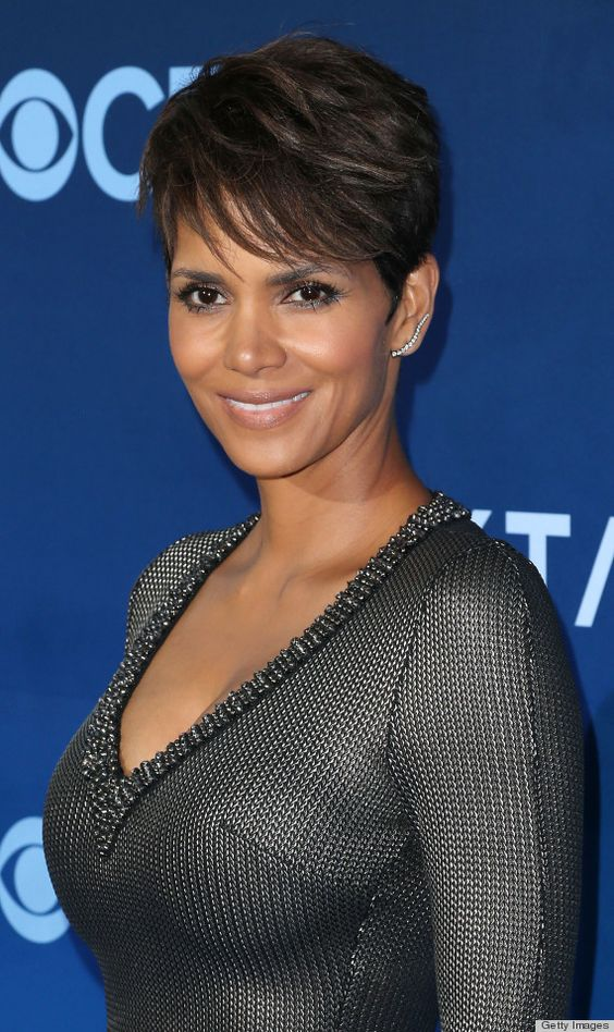 Sedu Hairstyles How To Reveal The Natural Beauty Of Your Face Shape halle_berry_hairstyles_2