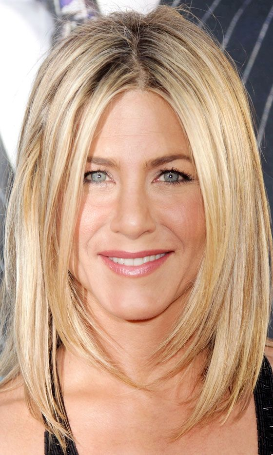 Sedu Hairstyles How To Reveal The Natural Beauty Of Your Face Shape jennifer_aniston_sedu_hairstyles_3