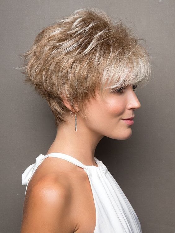 Choosing Short Hair Thats Right layered_short_hairstyles_ideas_6