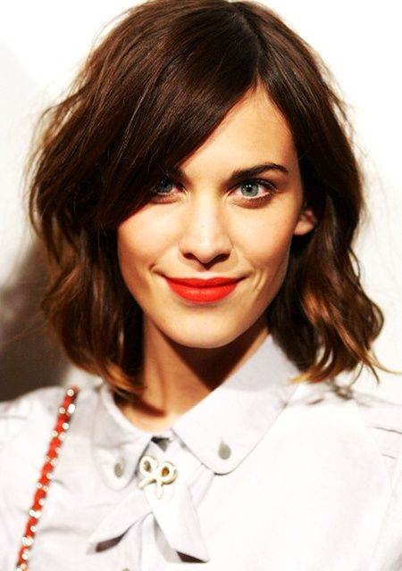 Choosing Hairstyles According To Your Face Shape And Personality oblong_face_shape_hair_ideas_11