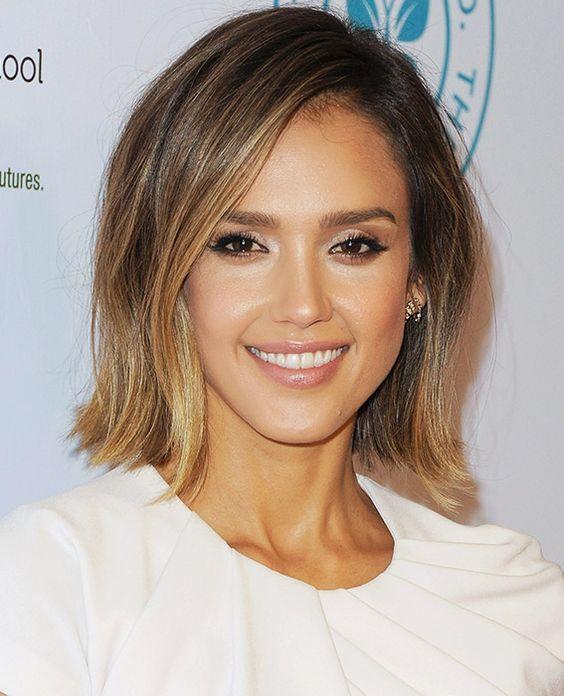 Choosing Hairstyles According To Your Face Shape And Personality oblong_face_shape_hair_ideas_13