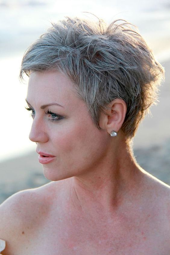 Hairstyles For Gray Hair Without Looking Old older_women_grey_short_hairstyles_4