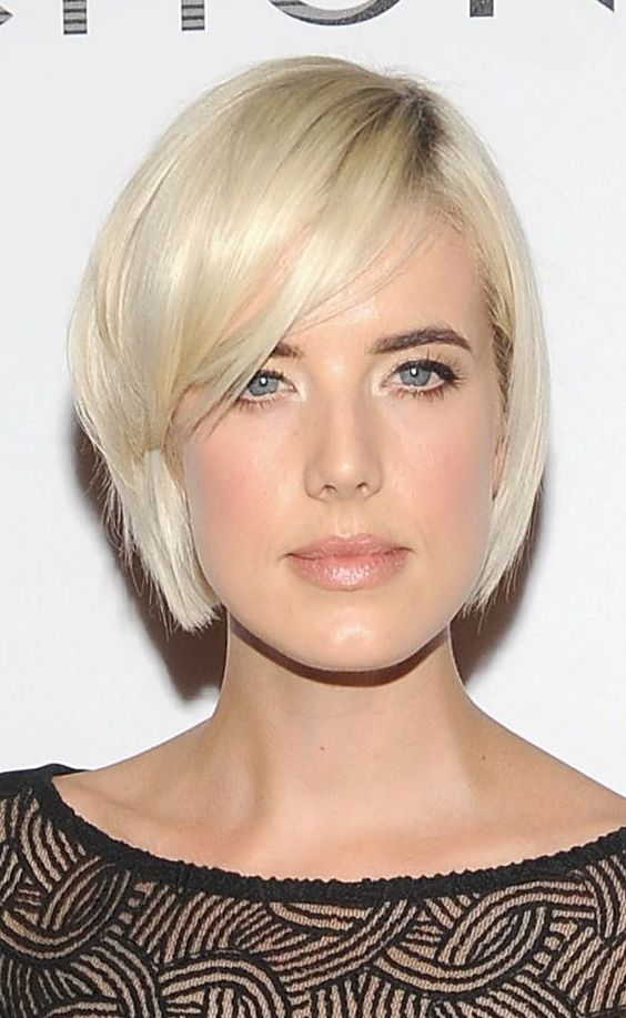 Choosing Hairstyles According To Your Face Shape And Personality oval_face_short_hairstyle_13