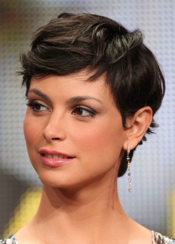 Choosing Hairstyles According To Your Face Shape And Personality round_face_short_hair_ideas_7