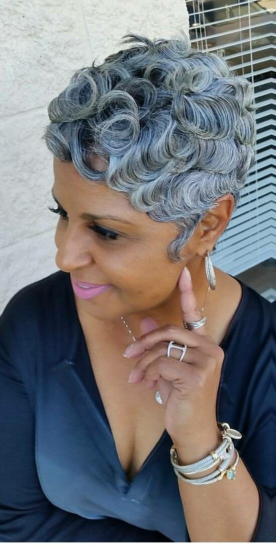 Appealing Short Haircuts For Ladies Over 50 short_haircut_older_african_american_20