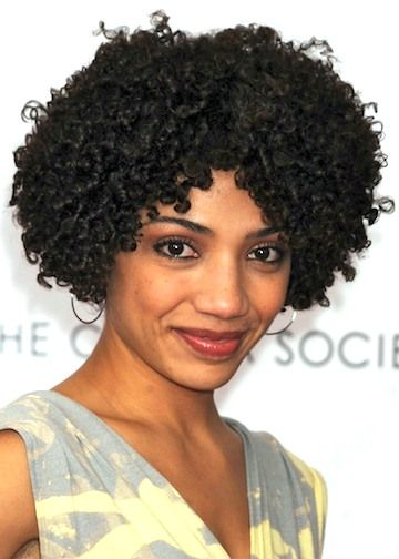 Appealing Short Haircuts For Ladies Over 50 short_haircut_older_african_american_4