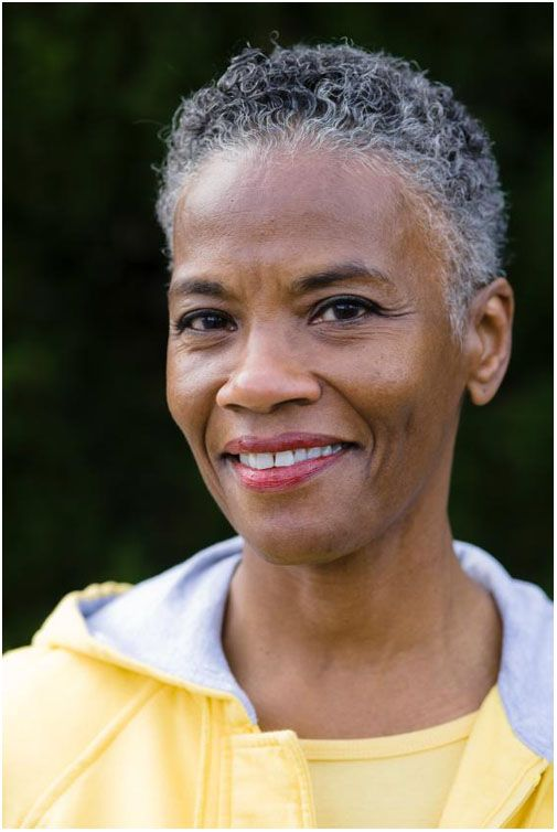 Appealing Short Haircuts For Ladies Over 50 short_haircut_older_african_american_9