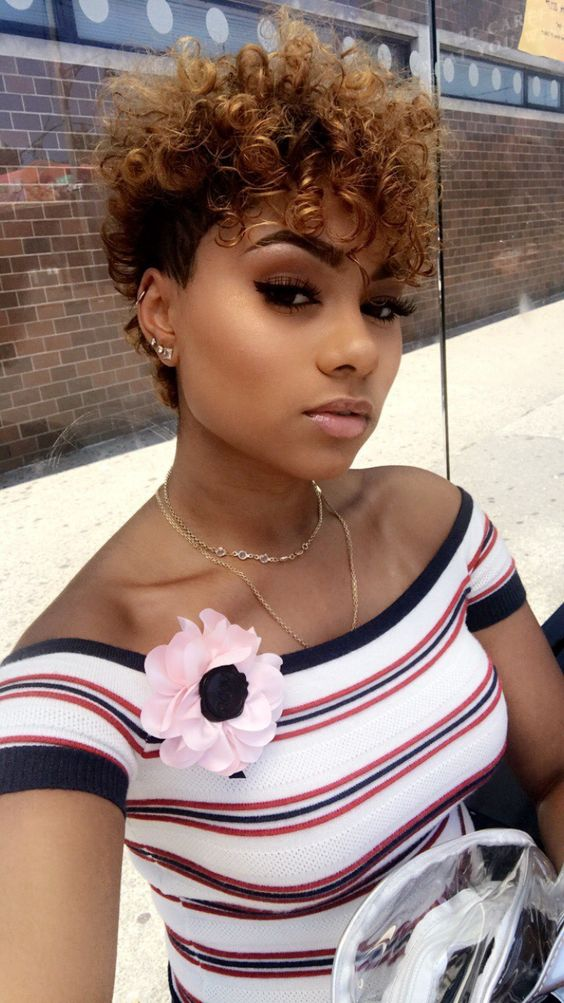 cute short curly hairstyle for black women