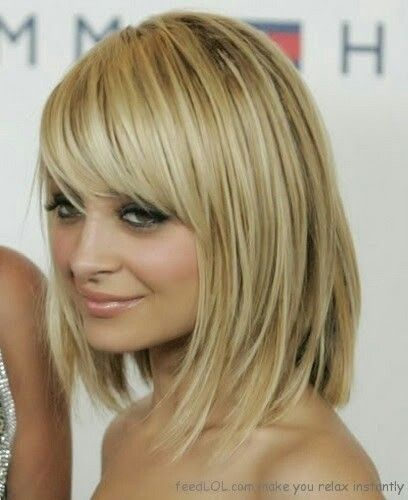 blonde bob hairstyle with bangs blonde_bob_flirty_bangs_2