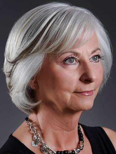Easy Hairstyles for 60 Year Old Woman with Not-Too-Long Hair easy_hairstyle_bob_women_60_1