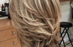 cool layered hairstyle for women
