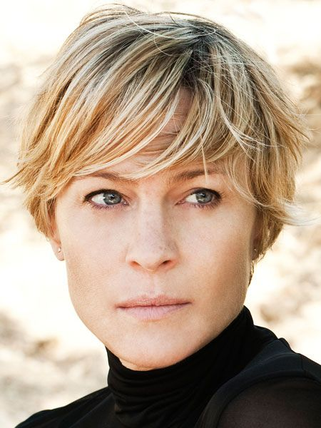 Popular Short Haircuts for Women Over 40 with Thick Hair over_40_pixie_hairstyle_2