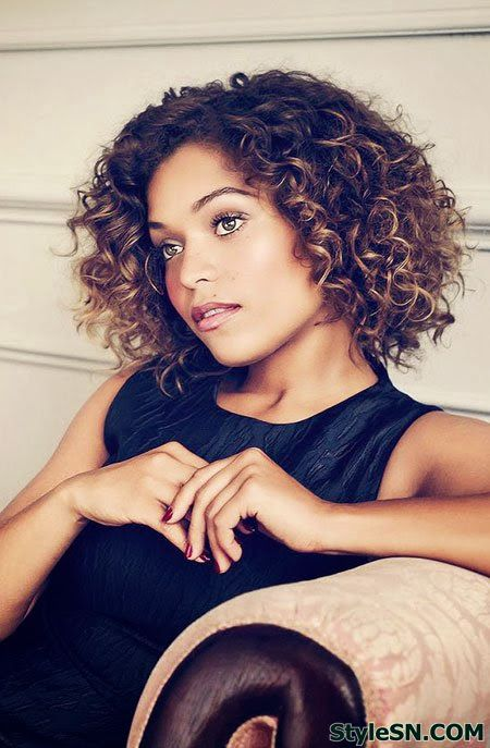awesome curly bob hairstyles for women with round face