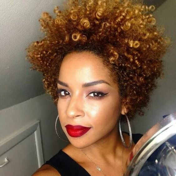 2018 winter hairstyles for women with curly hair