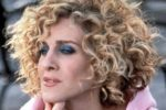 Curly Blonde Hair Women 5