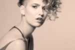 Curly Undercut Hairstyle Women 10