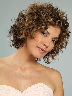 highlighted_curly_hair_women_10 highlighted_curly_hair_women_10