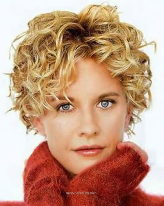 beautiful curly pixie ideas for older women