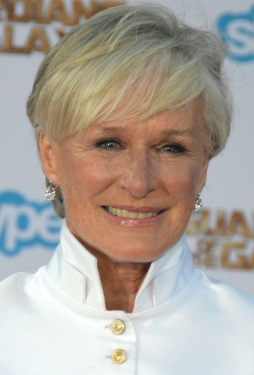 golden short hairstyle for women over 50