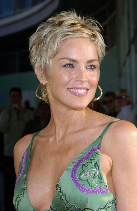pixie-haircut-with-lowlights-for-older-women pixie-haircut-with-lowlights-for-older-women