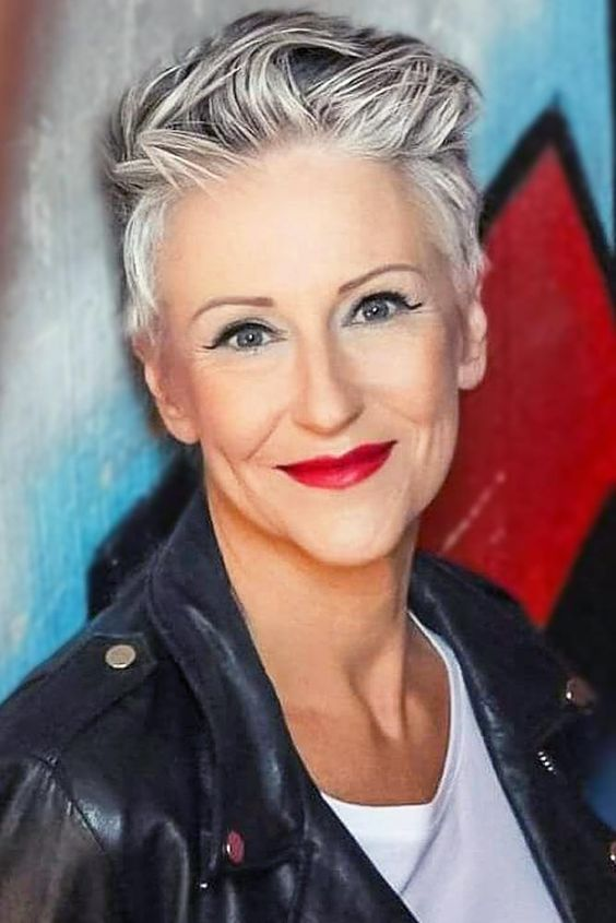 pretty pixie haircut for women over 60