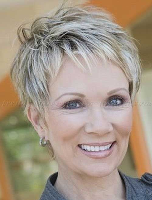 short hairstyle with lowlights for women over 50