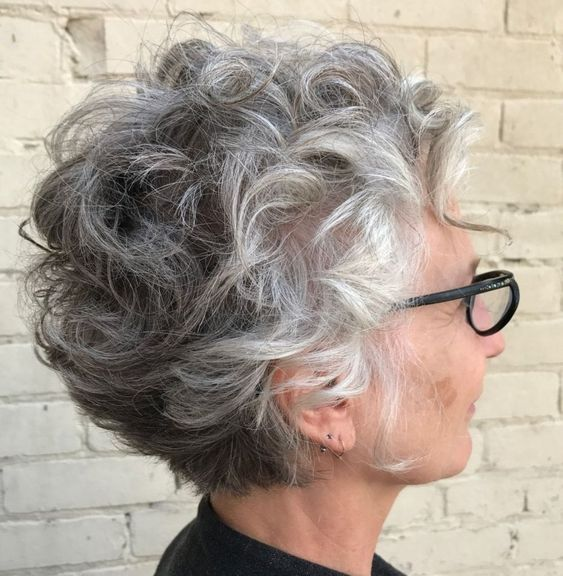 1side-look-of-curly-haircut-style-over-60-women-with-glasses 1side-look-of-curly-haircut-style-over-60-women-with-glasses