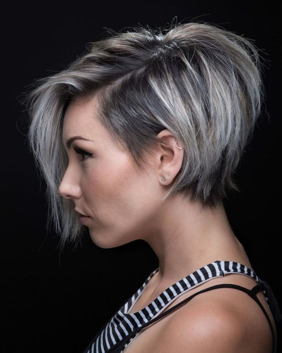 cute looking short stacked hairstyle for thin hair