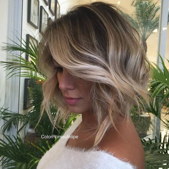 8 Fantastic Short Stacked Hairstyles gorgeous-brown-bob-with-curl-hairstyle