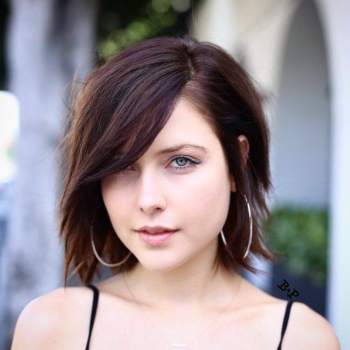 8 Fantastic Short Stacked Hairstyles look-classy-with-a-line-bob-hairstyle