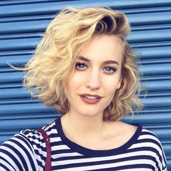 classic-wavy-bob-haircut-that-will-makes-you-look-beautiful classic-wavy-bob-haircut-that-will-makes-you-look-beautiful