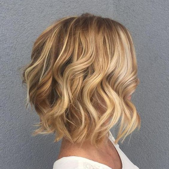 fabulous curly bob with layers that older women with thick hair could try