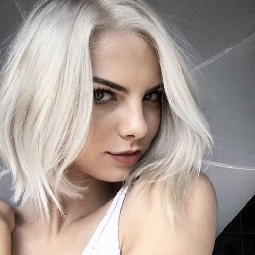 Trendiest Sassy Short Haircuts for Women pretty-and-sassy-snow-white-colored-bob-hairstyle