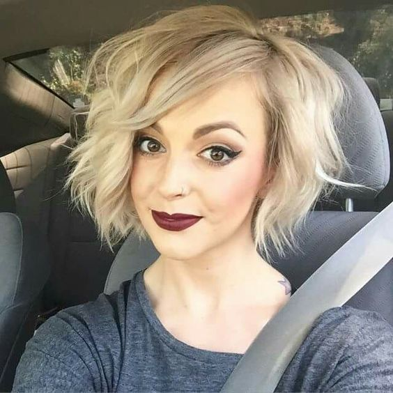 pretty bob hairstyle trends for women who loves curls