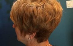 45 Wedge Haircuts for Women Over 50 for Those into Simple and Classic Appearance 01efeb55f302da3b72ba18b9c2f52c00-235x150