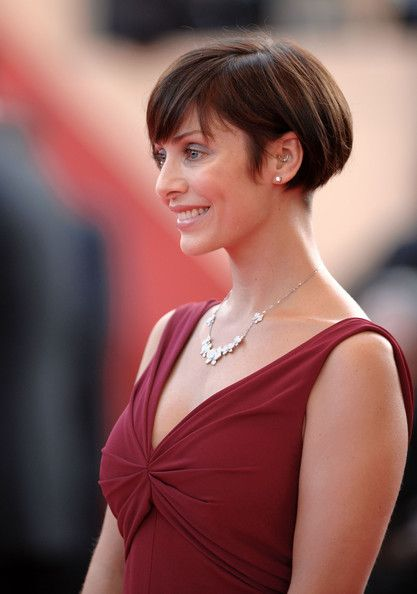 45 Wedge Haircuts for Women Over 50 for Those into Simple and Classic Appearance a1ef39855e5ee88e10825724f383a351