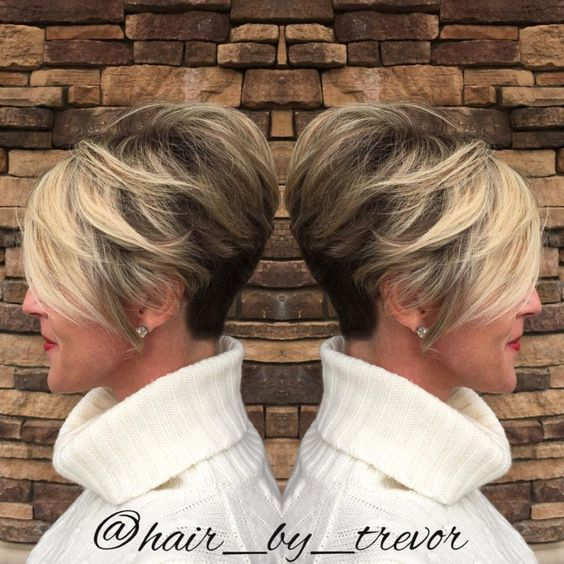 The Two Toned Pixie Hairstyle for Women 5