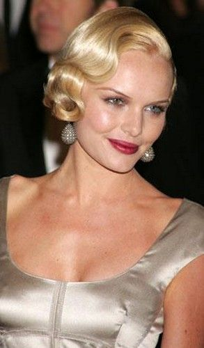 45 Wedge Haircuts for Women Over 50 for Those into Simple and Classic Appearance c36ef0c2f3236fbc14d008f2e4223169